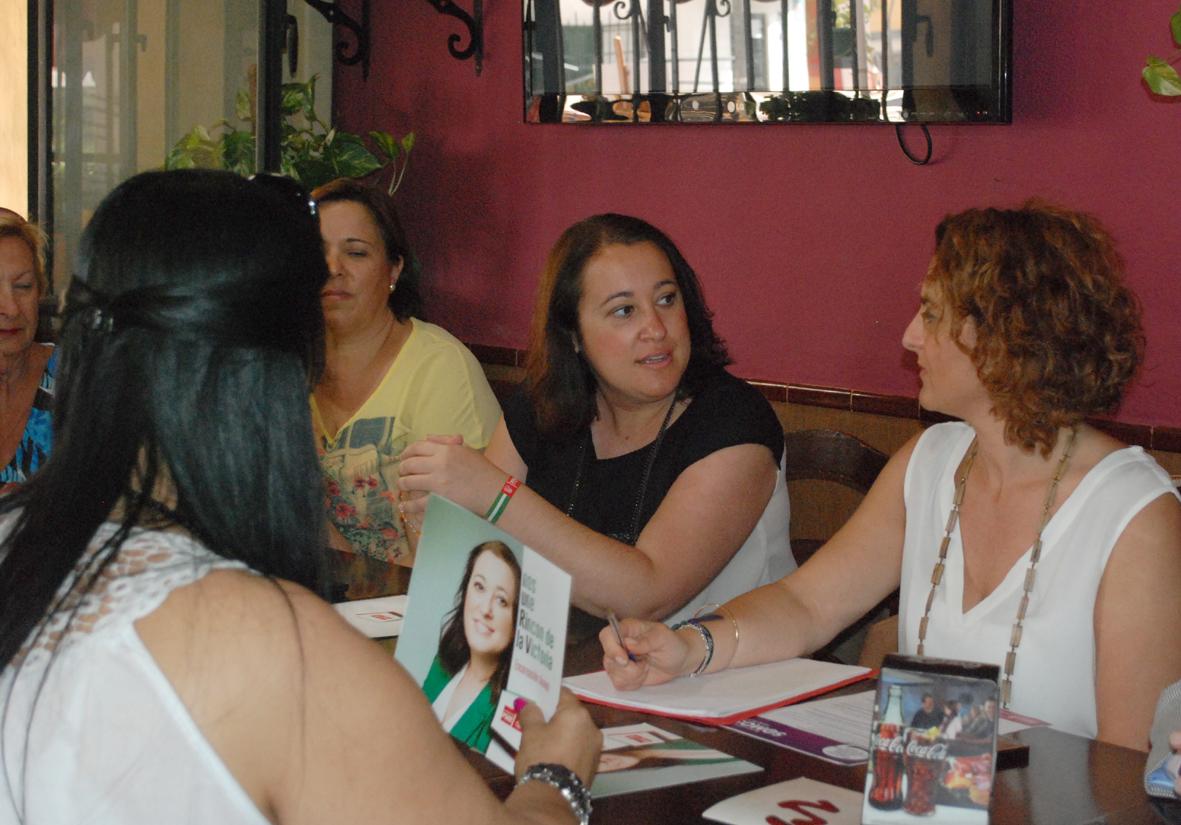 Arrinconados Encarnación Anaya y Pilar Serrano de PSOE