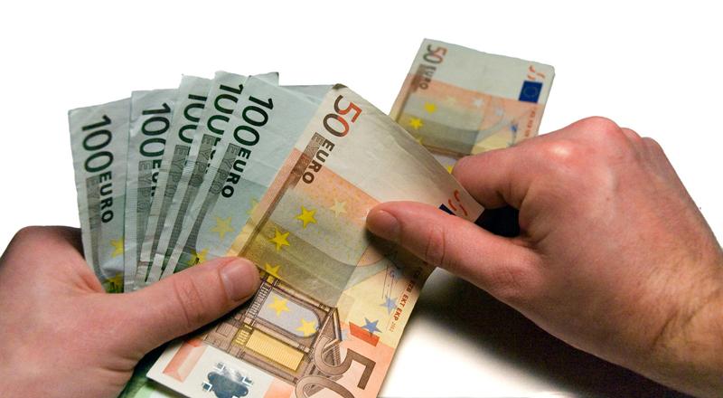 Arrinconados Dinero