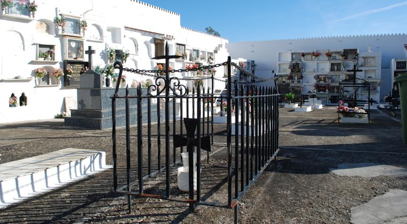 Arrinconados Cementerio