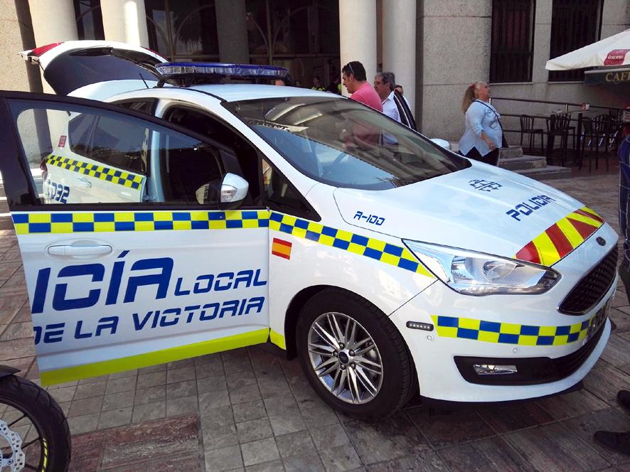 Arrinconados Coche Policia